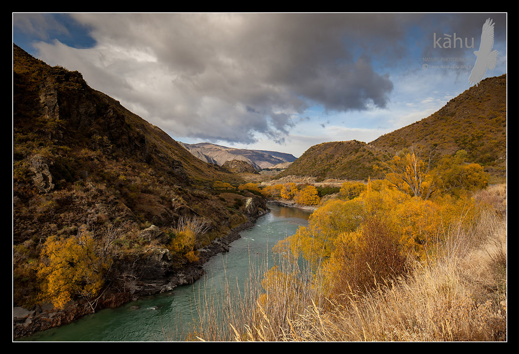 Kawarau Gorge towards ,  Queenstown  -  L30